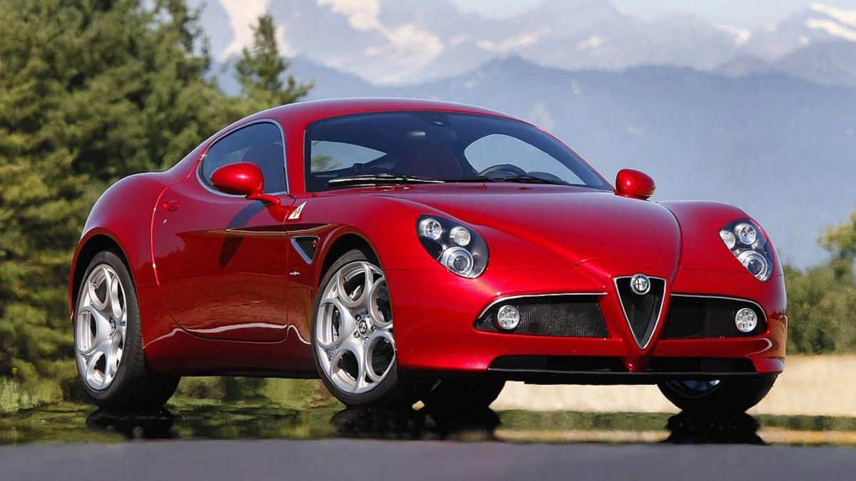 Alfa romeo 8с competizione gta — легше, могутніше і дорожче